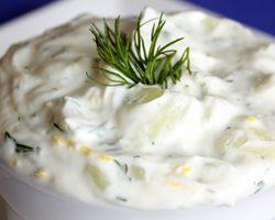Tzatziki med græsk yoghurt