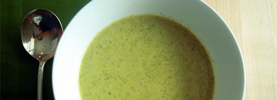 Cremet broccoli suppe